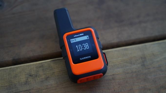 Garmin InReach Mini clock screen